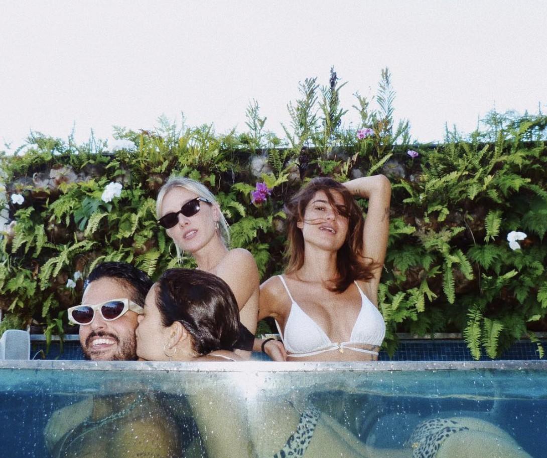 Andre Nicolau, Thaila Ayala, Fiorella Matheis e Sophie Charlotte (Foto: Reprodução / Instagram)