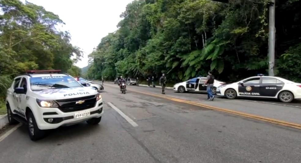 Operação conjunta da polícia prende quatro pessoas em Ubatuba, SP — Foto: Divulgação