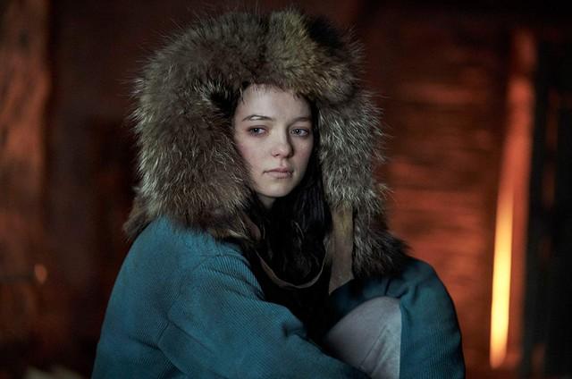 Esme Creed-Miles em 'Hanna' (Foto: Reprodução)