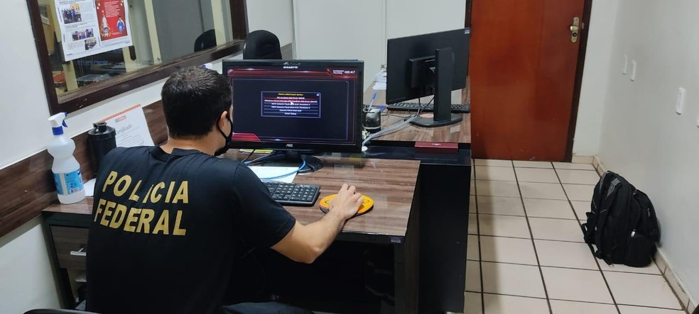 Polícia Federal deflagra operação contra fraudes em licitações de Saúde em São Luís  — Foto: Divulgação/ PRF