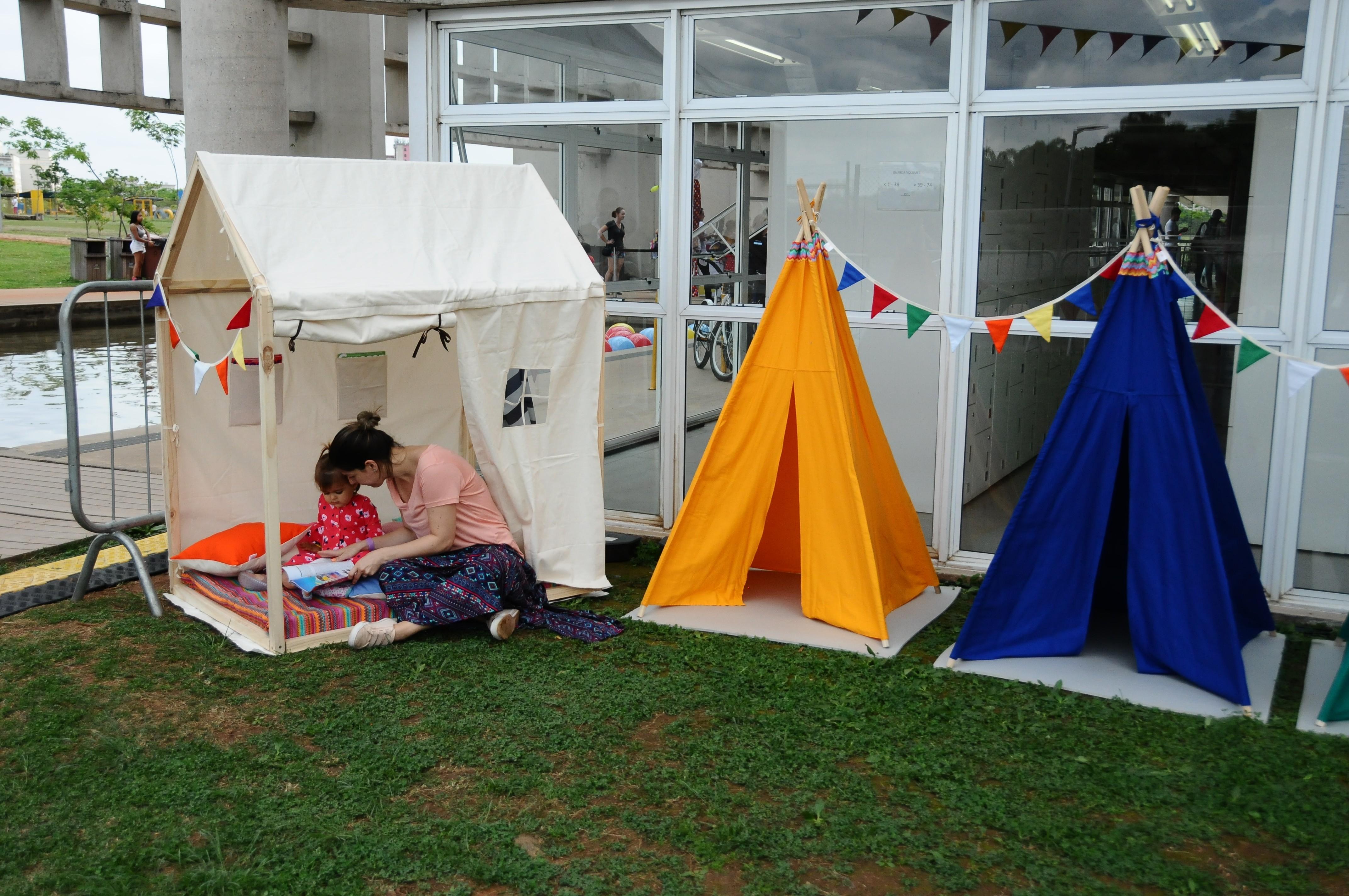 As cabanas da Cabanas Bacanas encantaram os pais e serviam tanto para brincadeiras, como para descanso (Foto: Sylvia Gosztonyi/ Editora Globo)