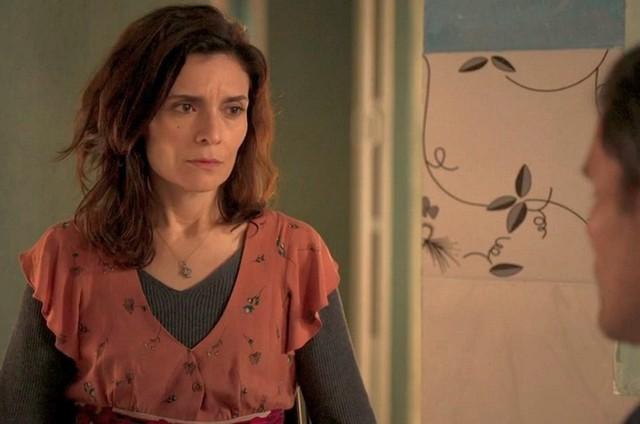 Arieta Corrêa é Leila em 'Amor de mãe' (Foto: Reprodução)
