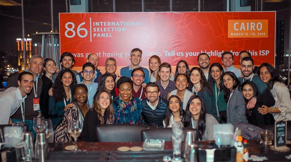 Empreendedores selecionados pela Endeavor em evento no Egito (Foto: Reprodução)