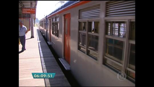 Estação Ferraz de Vasconcelos da CPTM é inaugurada com atraso