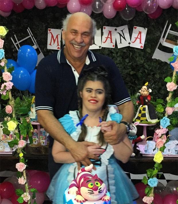 Márcio Canuto e a filha Mariana (Foto: Reprodução/Instagram)