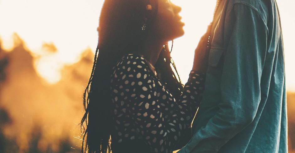 relacionamento; casal; dupla; amor (Foto: Nicholas Githiri/ Nappy)
