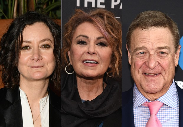 Sara Gilbert, Roseanne Barr e John Goodman (Foto: Getty Images)