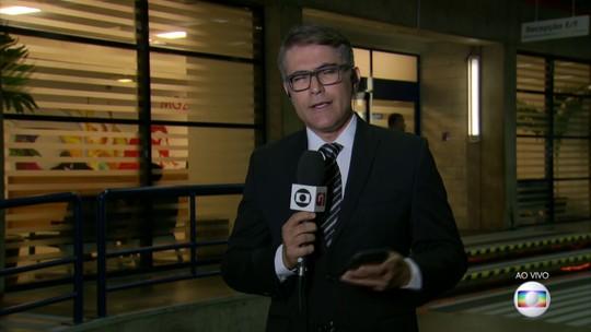 Candidatos suspendem campanha em preparação para o último debate do primeiro turno