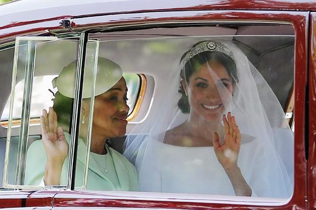 Meghan Markle usa tiara da Rainha Mary em casamento Foto Getty Images