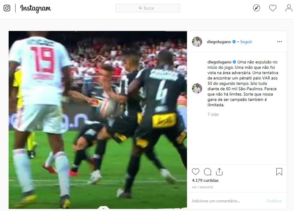 Lugano reclama da arbitragem em São Paulo x Corinthians — Foto: reprodução