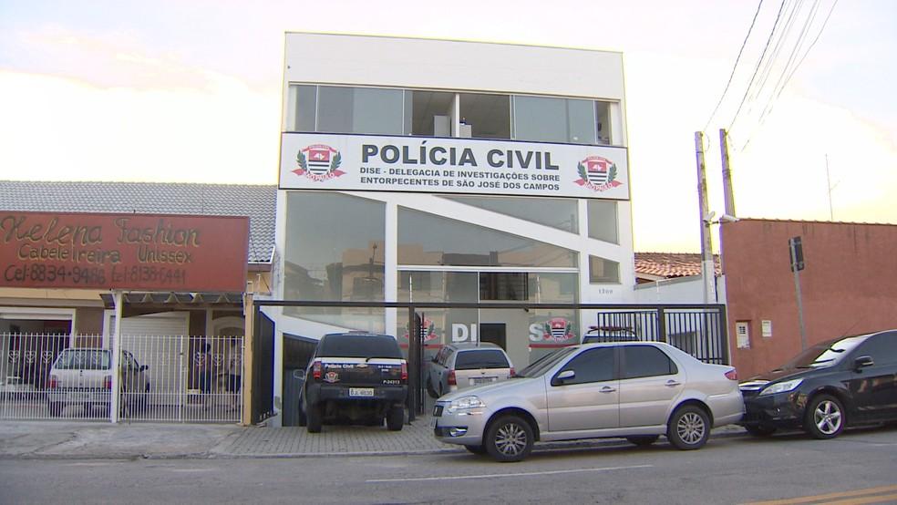 PM é preso por extorsão no Campo dos Alemães em São José (Foto: Reprodução/TV Vanguarda)