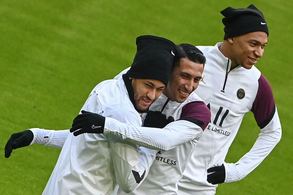 Neymar, Di María e Mbappé em treino do PSG em Munique — Foto: AFP