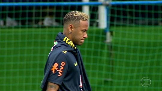 Neymar sente dores após faltas em jogo contra a Suíça