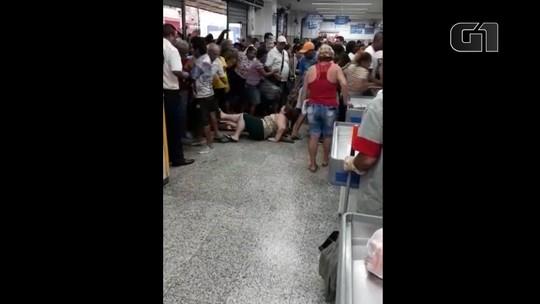 Clientes enfrentam tumulto e filas no aniversário do Supermercado Guanabara no RJ; fotos