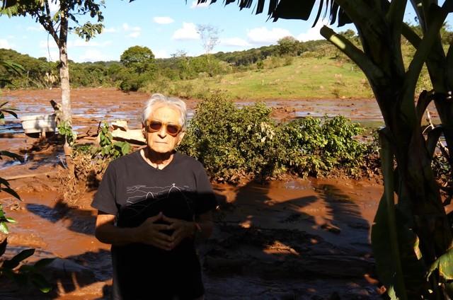 Fernando Gabeira em Brumadinho (Foto: Divulgação)