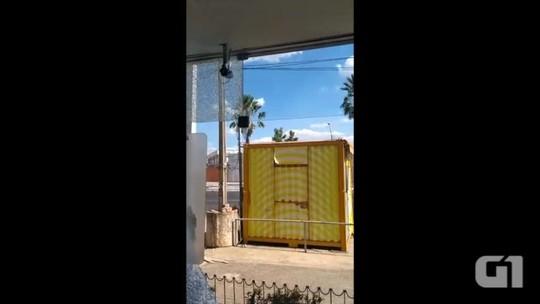 Homens quebram vidros de agência bancária em Timon; PM-MA fala em vandalismo