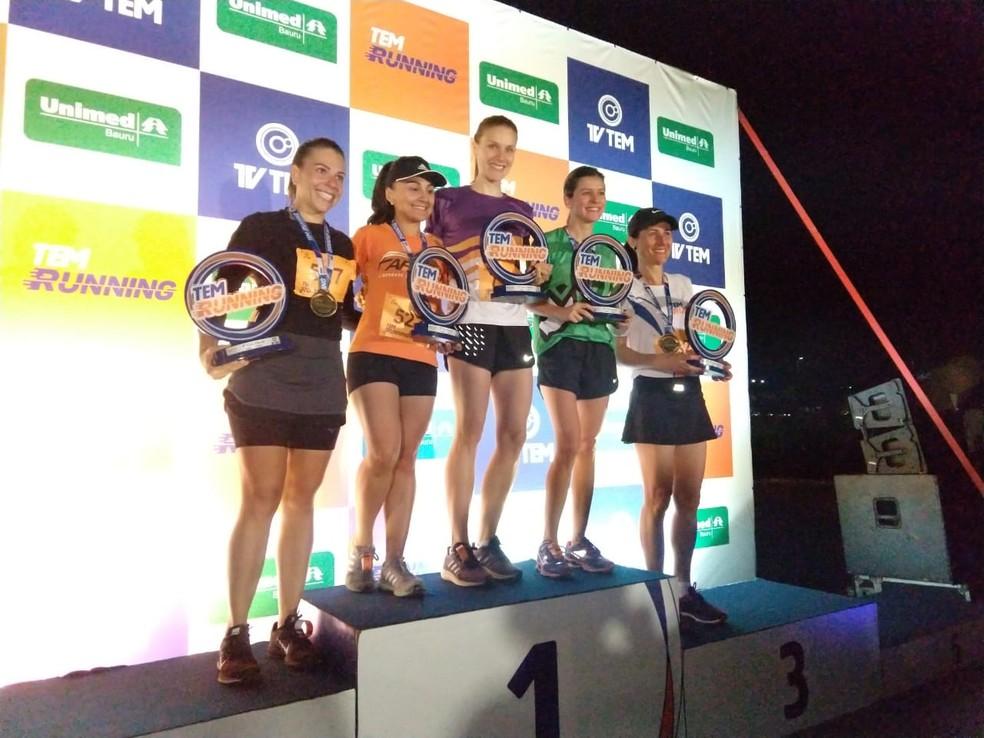Vencedoras da categoria feminina da prova de 10 km do TEM Running Bauru  (Foto: Sérgio Pais)