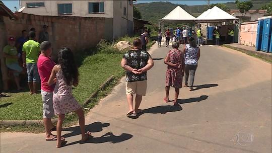 Moradores de Igarapé (MG) participam de simulação de rompimento de barragem
