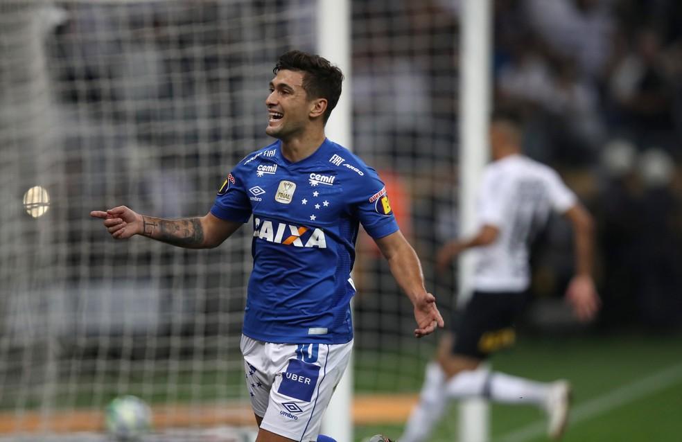 Arrascaeta deixa o Cruzeiro com 50 gols em 188 jogos — Foto: Leonardo Benassatto/Reuters