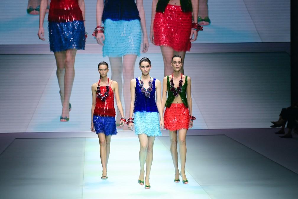 Emporio Armani apresenta coleção primavera-verão 2022, na Semana de Moda de Milão, em setembro de 2021 — Foto: Miguel Medina/AFP