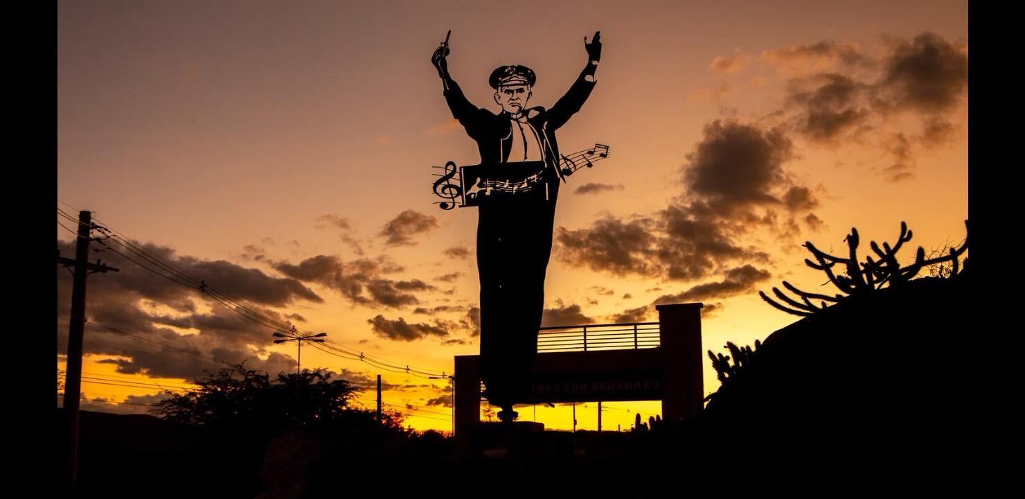 Lei torna município 'Terra da Música' no RN e estátua homenageia 150 anos do compositor Tonheca Dantas