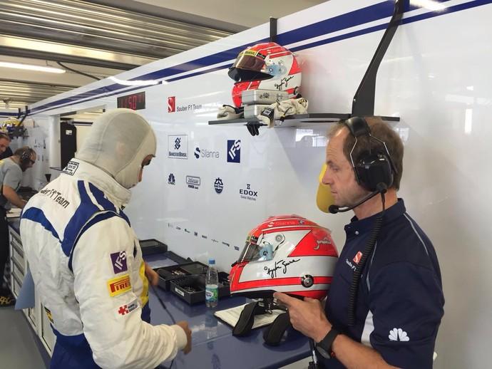 Felipe Nasr Josef Leberer capacete Senna (Foto: Amir Nasr)