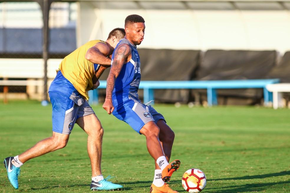 Centroavante André  pode enfim ser escalado pelo Tricolor (Foto: Lucas Uebel/Grêmio)