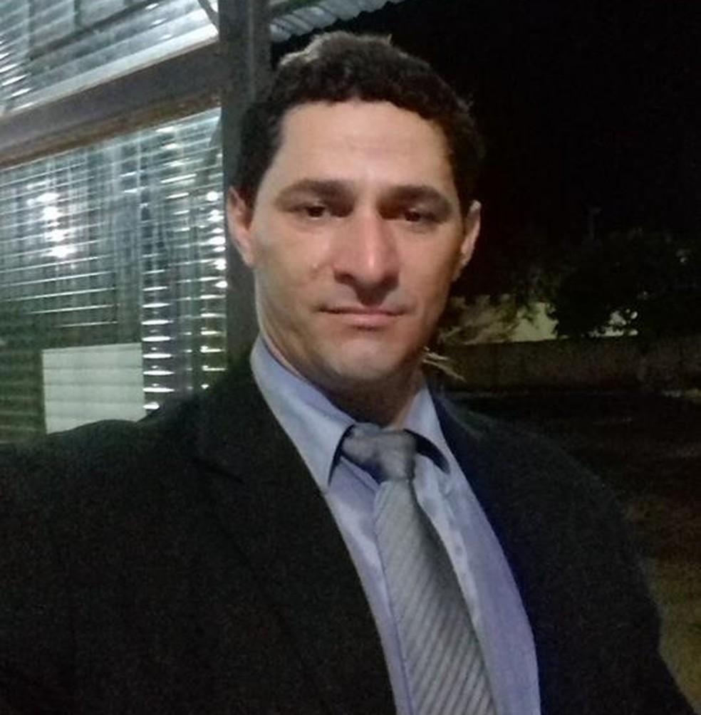 Audiência de custódia do suspeito pelo assassinato, Ueliton Aparecido, acontece na terça-feira (19). — Foto: Facebook/Reprodução