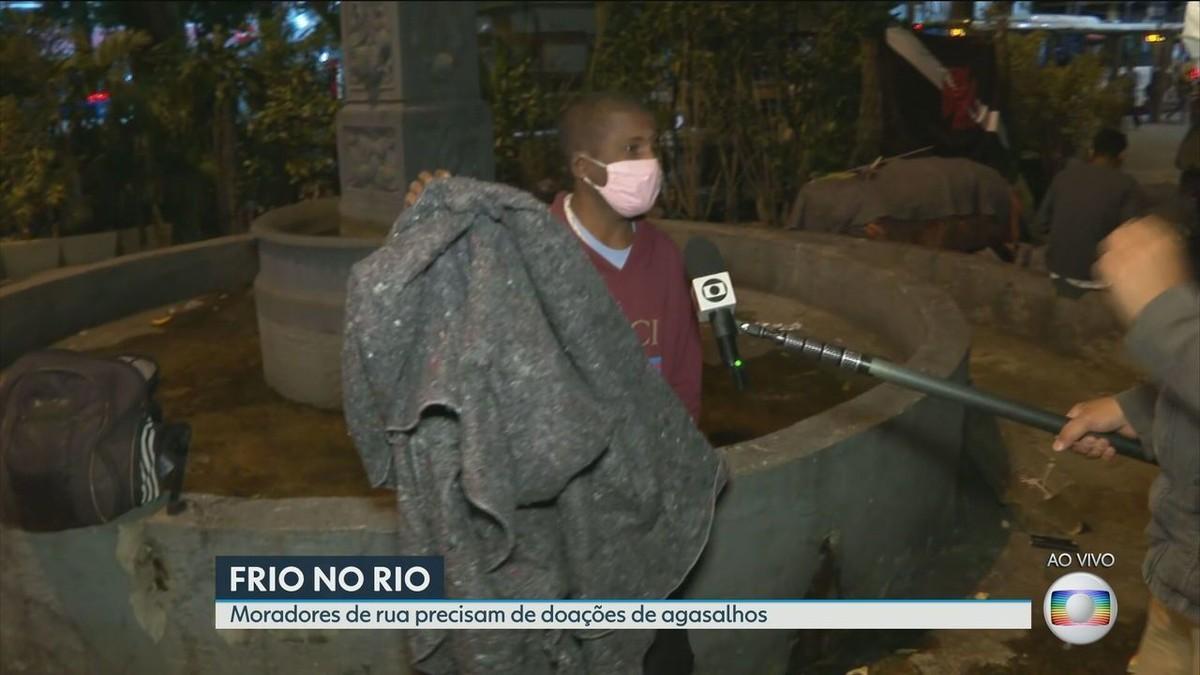 Previsão de madrugada gelada com temperatura de até 8 graus no Rio preocupa pessoas em situação de rua