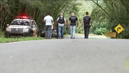 Área onde testemunhas citam ataque a caravana de Lula tem varredura