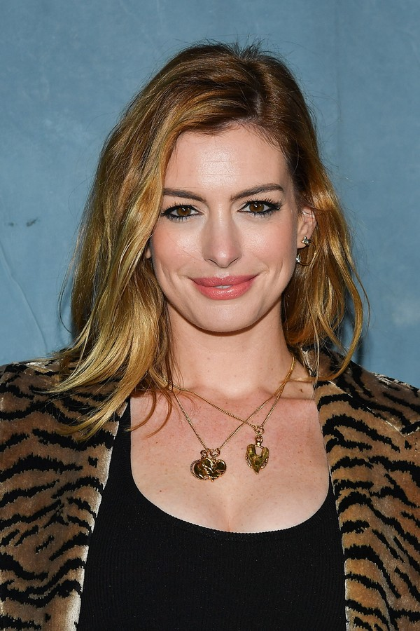 Anne Hathaway loira (Foto: Getty Images)