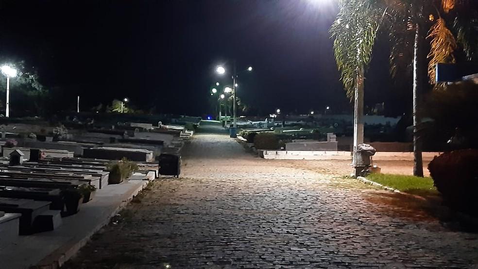 Caso foi registrado no Cemitério Público de Nova Descoberta — Foto: Sérgio Henrique Santos/Inter TV Cabugi