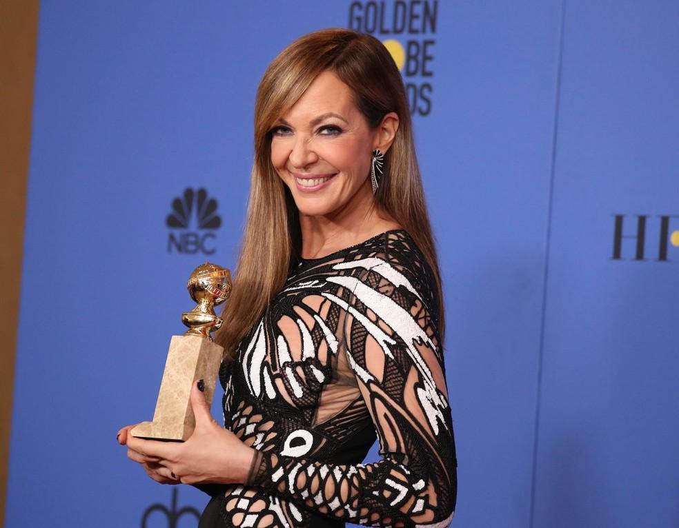 Allison Janney levou o Globo de Ouro 2018 de melhor atriz coadjuvante de filme por 'Eu, Tonya' (Foto: Lucy Nicholson/Reuters)
