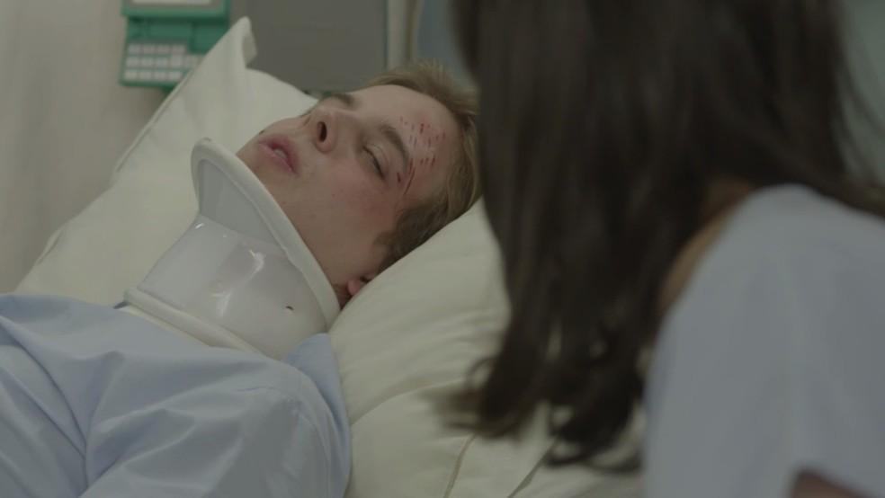 MB no hospital com Lica — Foto: TV Globo
