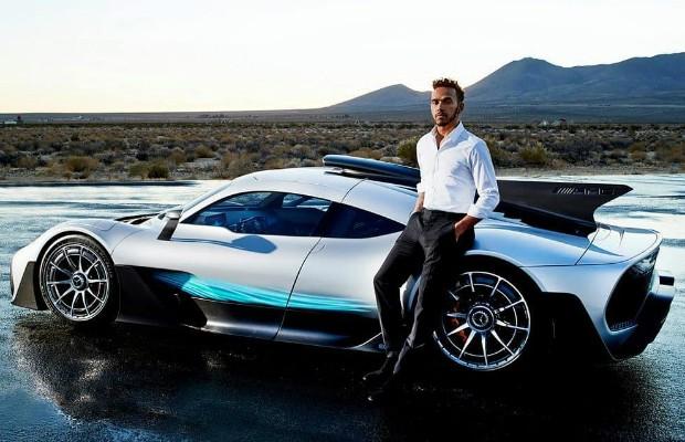 """Lewis Hamilton será uma das primeiras pessoas a receber em 2019 um Mercedes-AMG Project One, um """"hiperesportivo"""" de 1.020 cv (Foto: reprodução Instagram)"""