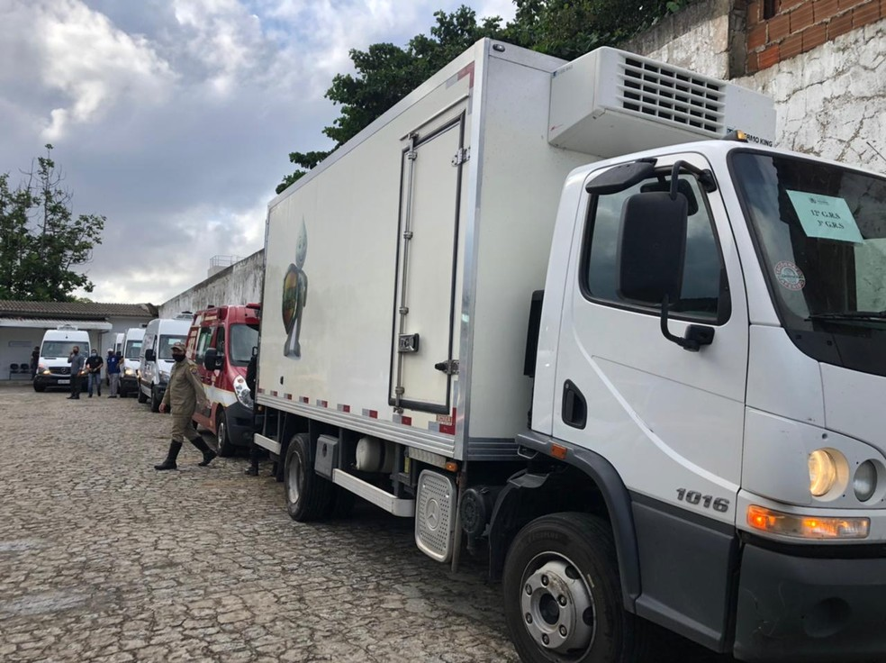 Municípios também vão receber dose por transporte terrestre, que já saíram para as cidades — Foto: Zuila David/TV Cabo Branco