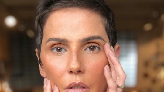 Deborah Secco sobre Laureta ser mãe de Karola: 'Fez o que fez por amor'