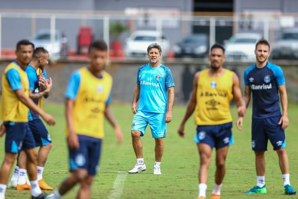 Renato tem de equacionar escalação do Grêmio com 11 baixas para pegar o Sport (Foto: Lucas Uebel/Grêmio/Divulgação)