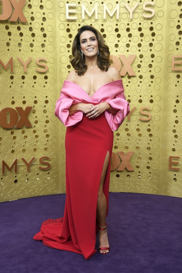 Mandy Moore usa Brandon Maxwell (Foto: Getty Images)
