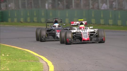 Relembre e reveja o mais assustador acidente da carreira de Fernando Alonso na Fórmula 1