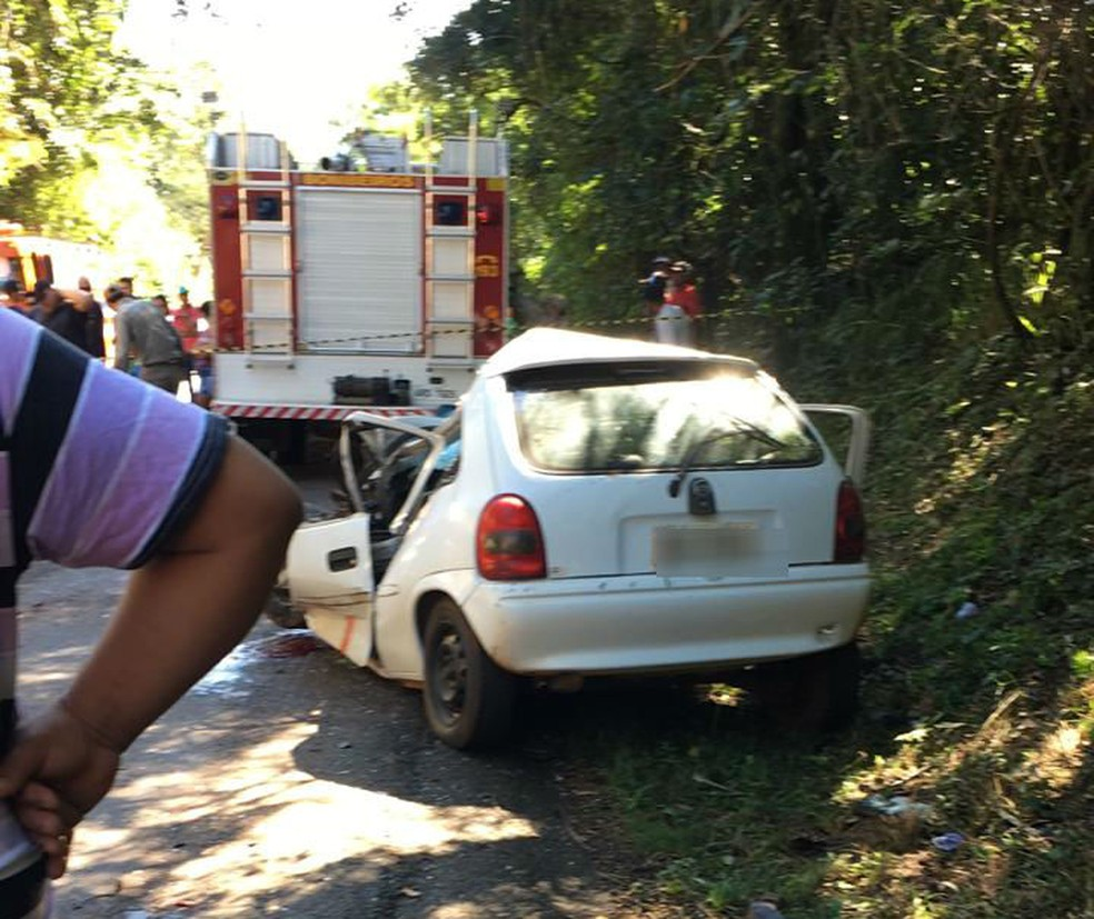 Motorista morreu depois de bater o carro de frente com um caminhão na PR-281 — Foto: Neemias Rodrigues/Arquivo pessoal