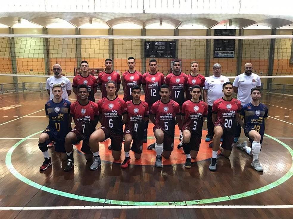 51a77aec470c3 Vôlei de Mogi programa seletivas para formação de equipes masculinas ...
