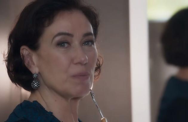 No capítulo de terça-feira (12), Valentina confessará a Marcos Paulo (Nany People) que tentou tirar a vida de Laura (Foto: TV Globo)