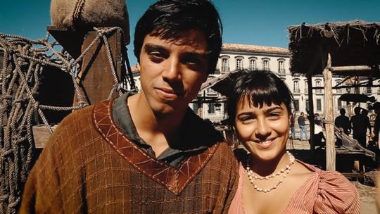 Rodrigo Simas e Giullia Buscacio anunciam fuga de Annaquim em sequências de ação