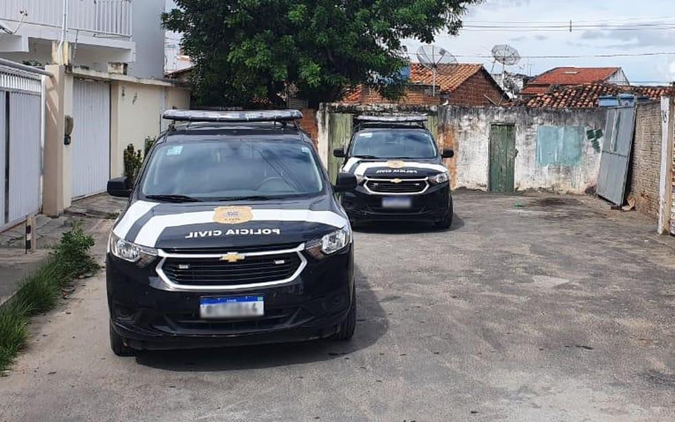 Suspeito foi preso por agentes da Delegacia Especializada de Atendimento à Mulher (Deam) de Jequié — Foto: Divulgação / Delegacia Territorial de Jequié