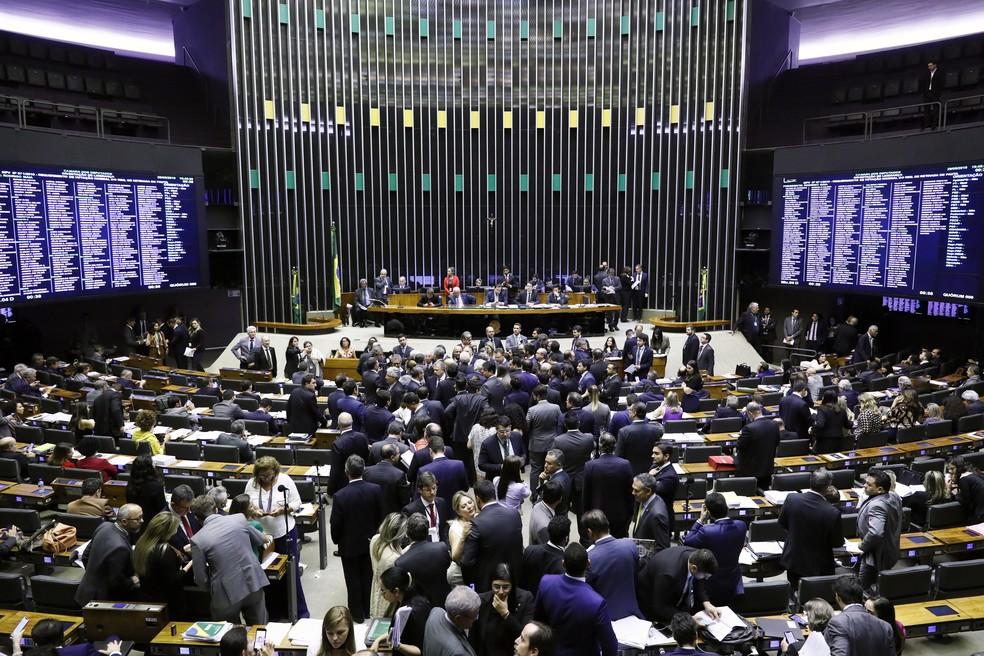 Deputados reunidos no plenário da Câmara durante a sessão desta quarta-feira (29) — Foto: Luis Macedo / Câmara dos Deputados