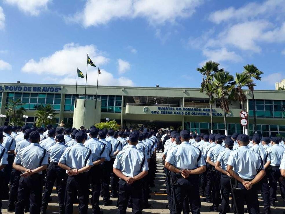 Policiais recebem nomeação imediata para atuar nas ruas e conter onda de violência no Ceará — Foto: José Leomar/SVM
