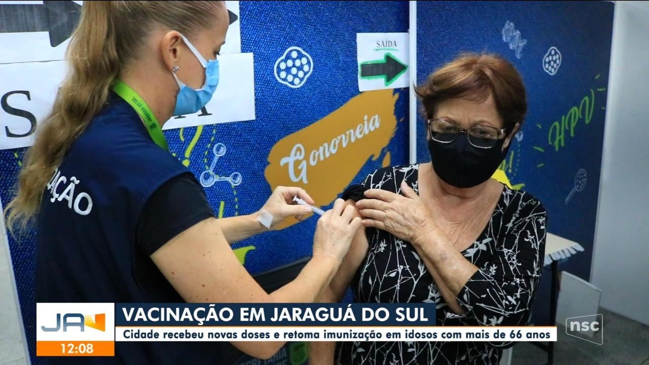 Jaraguá do Sul retoma imunização de idosos com mais de 66 anos