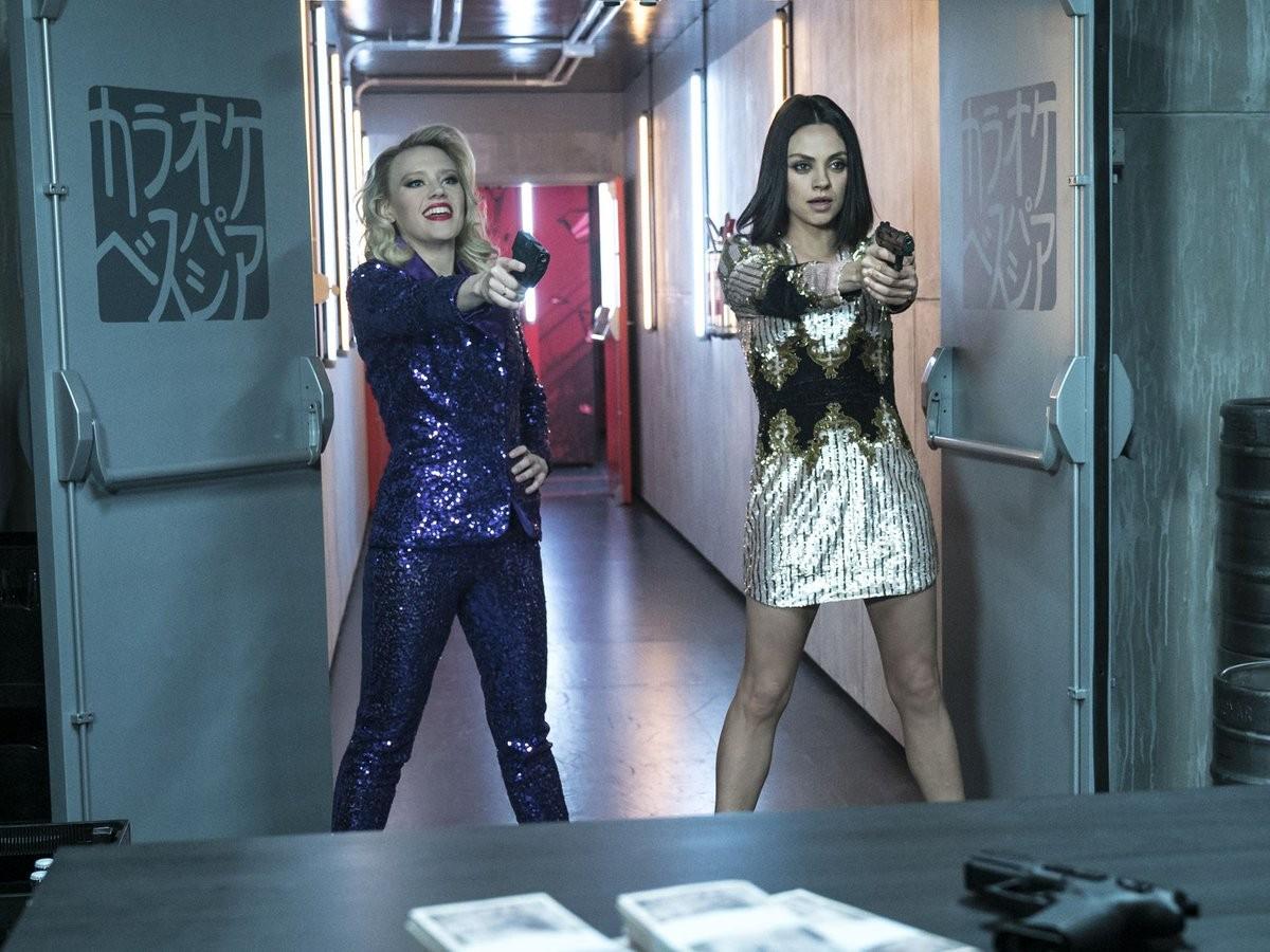 'Meu ex é um espião' : Mila Kunis e Kate McKinnon fazem comédia de espionagem com dublês de '007' 2