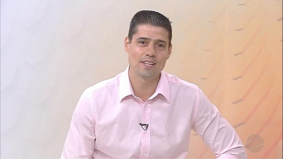 Roberto Cegrillo morreu em uma colisão de dois carros na BR-262, em Corumbá. Ele era comentarista de esporte da TV Morena, em Campo Grande. — Foto: Reprodução/TV Morena
